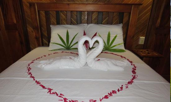Crystal Paradise Honeymoon Suite